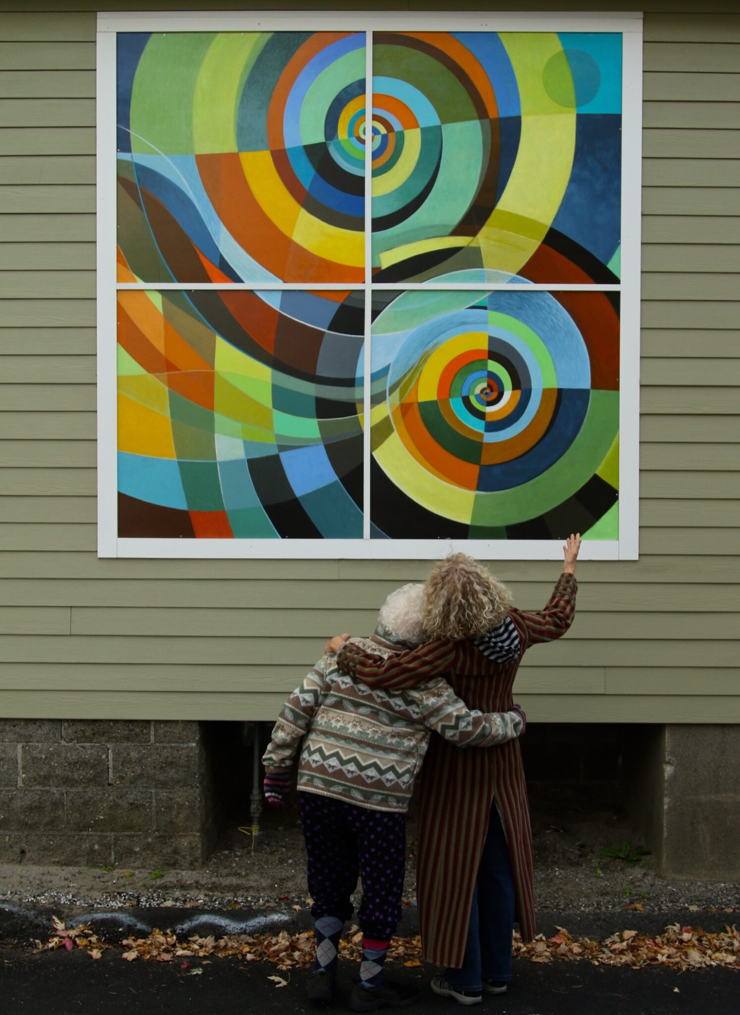 Abstract outdoor mural by Abbie Rabinowitz